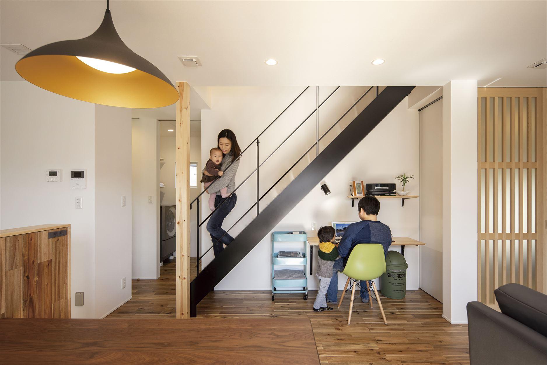 階段下スペース